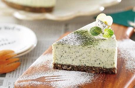 写真: オーブン不要☆緑茶風味のホワイトチョコチーズケーキ