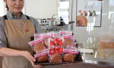 【ゆうべに】女性喜ぶ イチゴの甘味 「ゆうべに」ドーナツ好調/JA熊本経済連