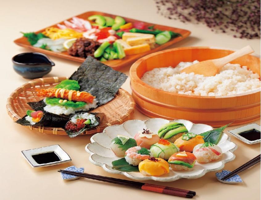 写真: 手まり寿司&手巻き寿司